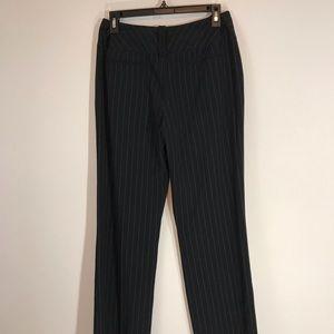 Larry Levine Petite Dress Pants (Size 6P)